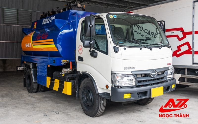 Xe Bồn chở xăng, dầu thể tích 6 khối - 6000 lít - Hino nhập khẩu